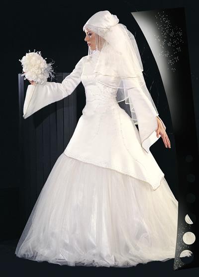 صور فساتين زفاف كم طويل