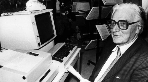 صوره مخترع الحاسوب , تعرف علي مكتشف جهاز الحاسوب