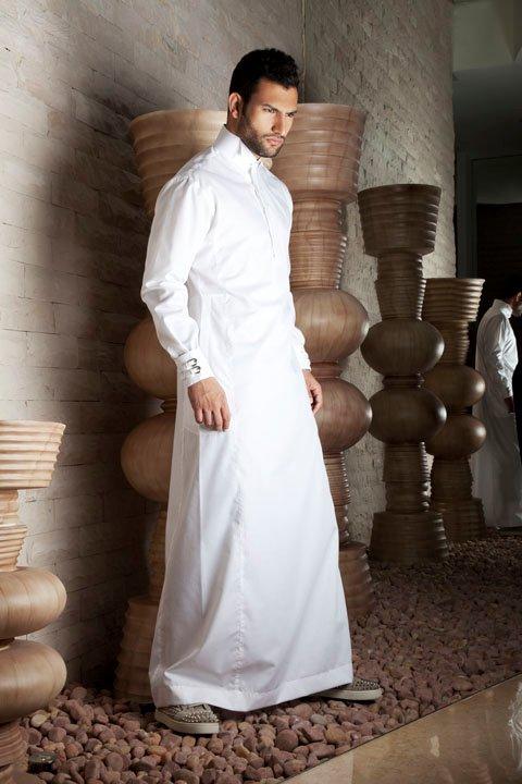 صور تفسير الاحلام رجل يلبس ثوب ابيض , اللون الابيض في المنام
