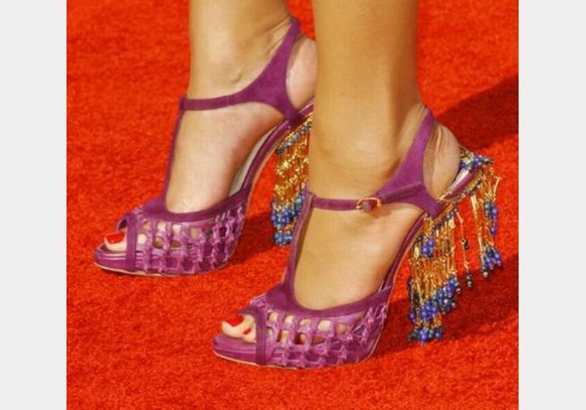 صورة احذية جميلة للصبايا 2020 , شوزات جديدة شيك , اشيك حذاء جميل للصبية 13173 2