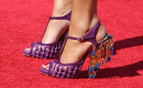 صور احذية جميلة للصبايا 2019 , شوزات جديدة شيك , اشيك حذاء جميل للصبية