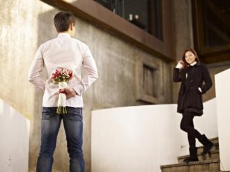 صوره كيف اجعل حبيبي يشتاق لي , كيف اجعل زوجي يحبني