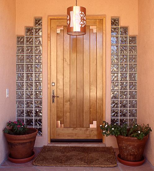 صورة ابواب شقق خشبية , ديكورات ابواب من الخشب