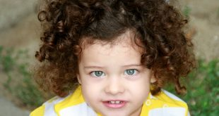 صور عمل الشعر كيرلى للاطفال , اجمل صور البنات بالشعر الكيرلى