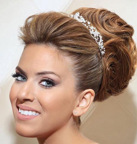 صورة تسريحات جميلة للعرايس , اجمل تسريحات الشعر لليلة العرس
