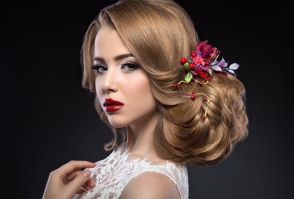 صوره تسريحات شعر للعروس 2019 , فورمات ليلة الزفاف , احدث تسريحات الاعراس 2019