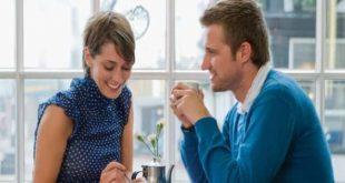 صورة علامات لغة العيون في الحب الصامت, كيف تكون نظرات الاعجاب